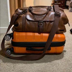 Large men's fossil duffel bag!